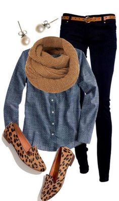 Love the chambray shirt and black skinny jeans with leopard slip-on sneakers. Cute casual winter outfits with scarf. Cute Fall Outfits, Casual Winter Outfits, Casual Fall, Winter Dresses, Casual Clothes For Women, Dress Casual, Casual Friday Work Outfits, Fall Clothes, Casual Shoes