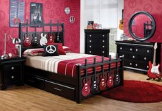 A Rock ' n' Roll bedroom or guitar themed bedroom is an awesome bedroom decor idea for teens of any gender. Description from pinterest.com. I searched for this on bing.com/images