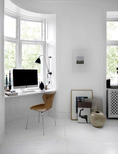 White Modern Scandinavian Home Office Interior with Arne Jacobsen Chair Home Office Space, Home Office Design, Home Office Decor, House Design, Home Decor, Office Ideas, Office Nook, Desk Space, Office Workspace