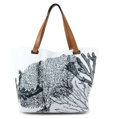 When I go to the beach next weekend I hope it's with this cute beach tote I entered to #win from @emiliembags!