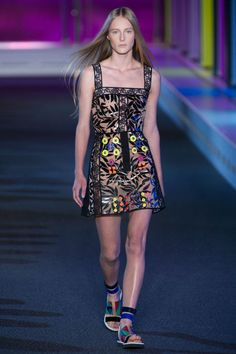 """<p tabindex=""""-1"""">Peter Pilotto spring 2015 collection show. Photo: Imaxtree</p>"""
