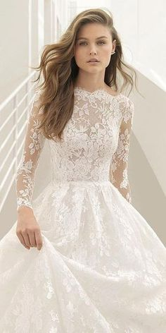 2018 Wedding Dress Trends to Love Part 1 — Silhouettes and Sleeves rosa clara couture 2018 brauttrends illusion langarm bateau spitze ballkleid brautkleid (pastora) mv romantic – 2018 brautkleid trends to love teil 1 2018 Wedding Dresses Trends, Long Wedding Dresses, Long Sleeve Wedding, Wedding Dress Sleeves, Princess Wedding Dresses, Bridal Dresses, Dress Wedding, Dresses Dresses, Lace Sleeves