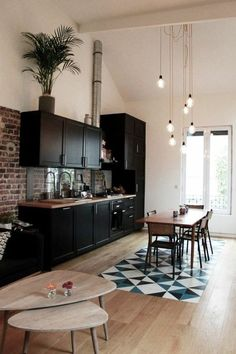 Uplifting Kitchen Remodeling Choosing Your New Kitchen Cabinets Ideas. Delightful Kitchen Remodeling Choosing Your New Kitchen Cabinets Ideas. Black Kitchen Cabinets, Kitchen Cabinet Design, Black Kitchens, Kitchen Interior, Home Kitchens, Dark Cabinets, Apartment Kitchen, Kitchen Black, Floors Kitchen