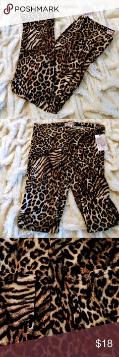 🌹NWT silky soft animal print legging 5🌟rating 🌹 🌹silky soft animal print leggings 🌹elastic waist band 🌹great stretch 🌹comfortable feels silky soft 🌹stunning colors and print 🌹my legging I sell I stand by. All 5 star rating. I posted just some love notes  by my repeat customers 🌹finally my plus size came in this years for summer   🌹 prestiage plus Pants Leggings