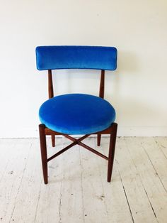 Re-upholstered vintage 1960s dining chairs.  *gushing*  From the mint List London - vintage / up-cycled designer pieces. rather heavenly!