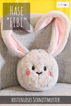 """Nähen Ostern: Schnittmuster Hase Kuschelkopf FIBI Plush bunny """"FIBI"""" is cuddly toy, ball, Easter decoration and even doorstop in one. A real allround bunny to sew yourself! Get the free sewing pattern Bunny """"FIBI"""". Sewing Patterns Free, Free Sewing, Knitting Patterns, Baby Knitting, Crochet Baby, Bunny Plush, Sewing Dolls, Lol Dolls, Animal Pillows"""
