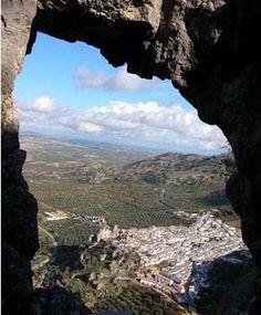 Zuheros, Andalucia, España..me he enamorao! lo vi en TV..