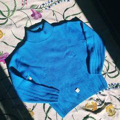 Plastic Tags, Turquoise, Vintage Wool, Check Shirt, Wool Sweaters, Turtleneck, Looks Great, 3 D, Vintage Ladies