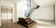 Feature Stair 36