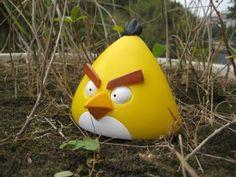 Angry-birds-yellow-bird-300x225.jpg (300×225)