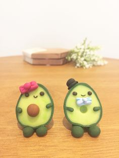 Polymer Clay Magnet, Easy Polymer Clay, Clay Magnets, Polymer Clay Kawaii, Polymer Clay Animals, Polymer Clay Creations, Polymer Clay Turtle, Polymer Clay Figures, Clay Crafts For Kids