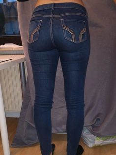 Sexy Jeans, Curvy Jeans, Jeans Pants, Skinny Jeans, Hollister Outfit, Hollister Clothes, Girls Jeans, Jean Outfits, Leather Pants