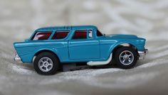 Aurora AFX Magna-Sonic 57 Chevy Nomad (Blue)#1760 Slot Car Excellent