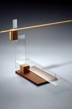 Balance study from László Moholy-Nagy's Preliminary Course, um 1924 (replica / Bauhaus-Archiv Berlin, photo: Gunter Lepkowski Geometric Sculpture, Abstract Sculpture, Wood Sculpture, Laszlo Moholy Nagy, 3d Modelle, Arch Model, Bauhaus Design, Wood Art, Architecture Design