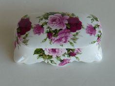 Trinket Box Porcelain Fine Bone Chinia Made in by designfinder