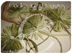 Lot of 5 rafia hand tatted flower di gaestattedtreasures su Etsy, €4.00