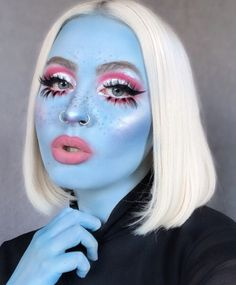 I've been feeling pretty blue lately, so I decided to re-create my favorite look from 💙… Drag Makeup, Fx Makeup, Body Makeup, Makeup Inspo, Makeup Inspiration, Beauty Makeup, Alien Makeup, Creative Makeup Looks, Halloween Makeup Looks