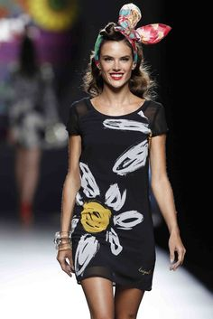 Desigual Say Something Nice Collection - Spring/Summer 2015 Spring Summer Fashion, Autumn Fashion, Summer 2015, Summer Time, Comfy Dresses, Summer Dresses, Summer Outfit, Elegant Dresses, Pretty Outfits