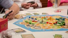 The 7 games you can play with the whole family this Thanksgiving
