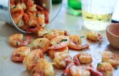 Peel and Eat Shrimp Shrimp Recipes Easy, Easy Asian Recipes, Prawn Shrimp, Fish And Seafood, Good Food, Rasa Malaysia, Cooking Recipes, Tasty, Favorite Recipes