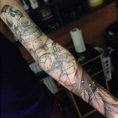 Tommy Vincent working on this sleeve. TattooStage.com - Rate & Review your tattoo artist and his studio. #tattoo #tattoos #ink