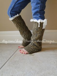 Little Girl Knit Leg Warmers With Lace for by SockSistersDesigns, $17.50