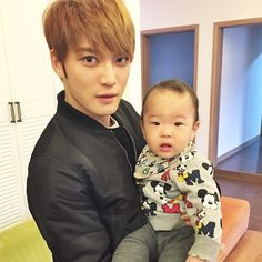 Kim Jaejoong with MJ Joo's son (150331)