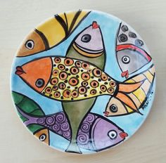 Ceramic Fish, Ceramic Clay, Pottery Painting, Ceramic Painting, Pottery Plates, Ceramic Pottery, Pottery Lessons, Circle Art, Ceramics Projects
