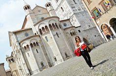 Sempre pronta per le consulenze d'immagine. Oggi sono in centro a Modena! #consulenze #immagine