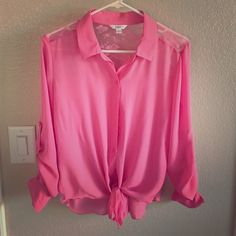 Sheer 1/4 sleeve blouse Pink with lace on back and sides 1/4 or long sleeve Tops Blouses
