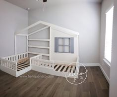 Solid Wood Twin / Twin Reading Nook Bed L Shaped Bed One of our favorites! This listing is for the first photo. It is the solid wood TWIN / TWIN reading bed. Our standard twin / toddler reading corner Girl Room, Girls Bedroom, Baby Room, Toddler Reading Nooks, Girl Reading, Children Reading, Reading Room, Reading Areas, L Shaped Beds