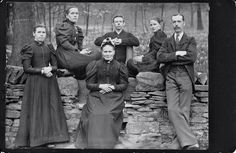Victorian servants (?)