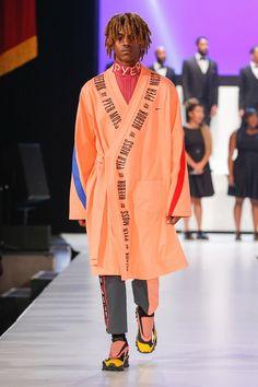 Marion Ross, Reebok, Black Women, Sportswear, Runway, Glamour, Street Style, Style Inspiration, Model