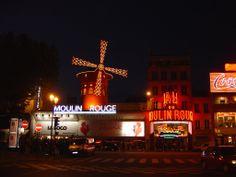 Paris, le Moulin Rouge