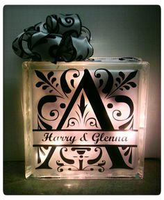 {Elegant} Decor Night Light | LifeAfterLaundry.com |#DIY #CRAFT #SILHOUETTE