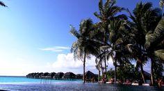 Hilton Irufushi in South Maldives - by the pool