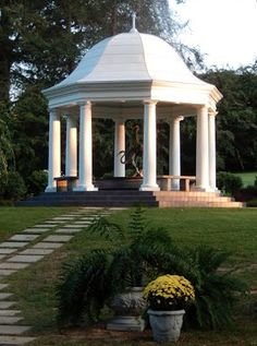 The gazebo at Allandale Mansion is  beautiful and creates such a picturesque location for your outdoor wedding ceremony! Contact them today about their amazing wedding packages.
