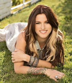 Cassadee Pope hair- I'm kinda in love with it