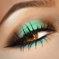 Turquoise eyeshadow  #smokey #dark #bright #bold #eye #makeup #eyes