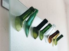 Glas.Sybille-Homann handgefertigte Glasobjekte aus recycelten Flaschen - als Leuchte, Vase, Kerzenständer oder Karaffe. www.sybille-homann.de