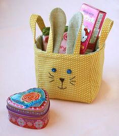 Don't want to buy Easter gifts? Looking for alternatives, like DIY Easter gift ideas then you are in the right place. Have a look at these ideas. Easter Crafts For Kids, Easter Gift, Easter Bunny, Machine Embroidery Projects, Sewing Baskets, Love Sewing, Spring Crafts, Easter Baskets, Hello Kitty