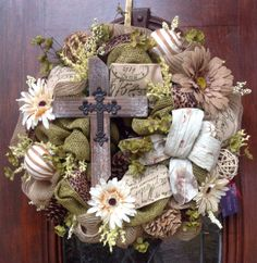 Rugged Cross Burlap and Mesh Wreath on Etsy Christmas Door Wreaths, Burlap Christmas, Easter Wreaths, Holiday Wreaths, Holiday Crafts, Spring Wreaths, Burlap Crafts, Wreath Crafts, Diy Wreath