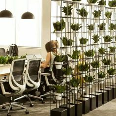 Modern And Cozy Office Interior Design Ideas To Makes You Feel Comfortable -… – Modern Corporate Office Design Open Space Office, Creative Office Space, Office Space Design, Workspace Design, Office Interior Design, Office Interiors, Office Designs, Interior Modern, Working Space Design