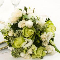http://dilshil.com/wedding/wp-content/uploads/2012/01/Lime-Green-Wedding-Flowers-4.jpg