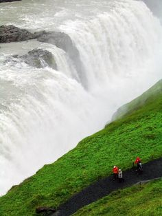 Like a few other waterfalls I've been to, like Victoria Falls in Africa, Gullfoss in Iceland falls facing a cliff and flows out to the side. That means you can get close to the falls and get drenched with their spray. Discovered by David M. Simpson at Gullfoss, Iceland