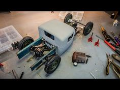 RC Everyday - YouTube Gas Powered Rc Cars, Model Kits, Traditional, Building, Youtube, Diy, Design, Style, Swag