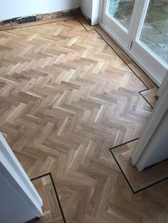 Parquet finished with a walnut boarder for maximum effect Amtico Flooring Kitchen, Parquet Flooring, Herringbone Wood Floor, Doors And Floors, Floor Design, Interior Design Kitchen, Luxury Interior, Family Room, New Homes