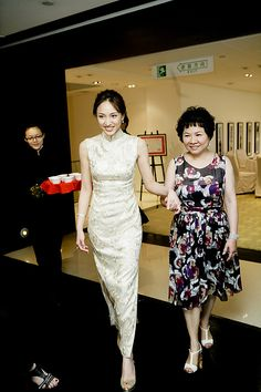 Chinese Gown, Formal Dresses, Wedding Dresses, White Dress, Gowns, Design, Jewelry, Fashion, Dresses For Formal