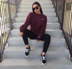 Sweatshirt outfit school casual 51 Ideas for 2019 Sweatshirt Outfit, Windbreaker Outfit, Fall Winter Outfits, Summer Outfits, Fall Outfits For Teen Girls, Mode Outfits, Fashion Outfits, Fashion Fashion, Vans Fashion