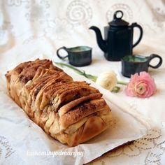 thrací buchta - jde i na slano Czech Recipes, Russian Recipes, Ethnic Recipes, Cake Recipes, Dessert Recipes, Pull Apart Bread, No Bake Desserts, Food Hacks, Food Tips